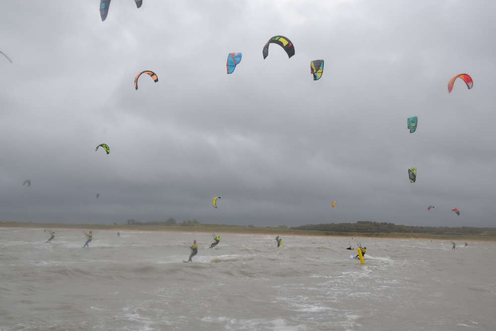 AKD: All Kiters Downwind